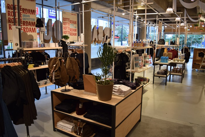 215317 on Urban Outfitter Retail Store Interior Design