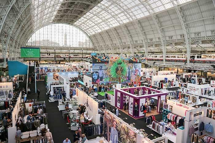 Un vistazo: La feria de moda 'Pure London A Life Less Ordinary' en Londres