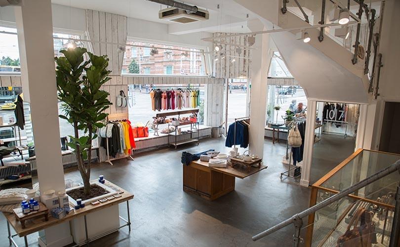5f2478e862407a De Amsterdamse kledingwinkel Linhard aan de Van Baerlestraat was decennia  lang een begrip. Maar 93 jaar na de oprichting van het