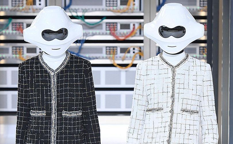 Geek c'est chic: Chanel goes digital at PFW