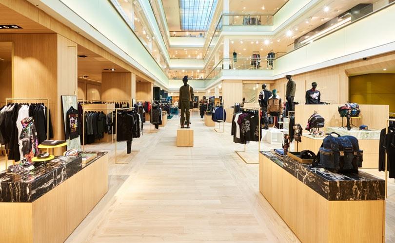 21e4dced1f3 Kijken: de nieuwe luxe mannenafdeling van De Bijenkorf Amsterdam