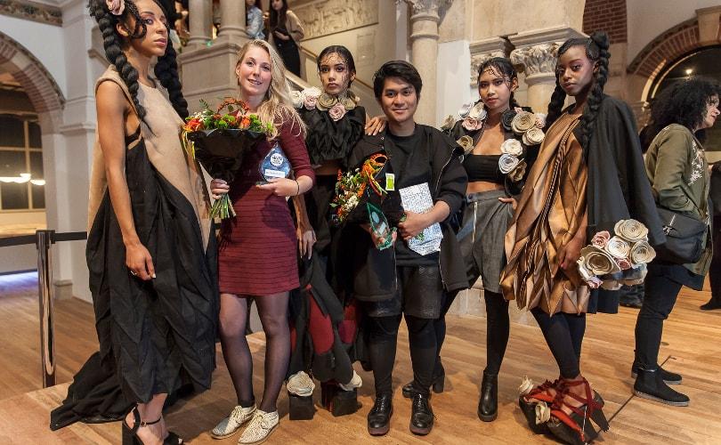 Amfi-student Elia van den Bergh (21) wint Fashion Fest 2016