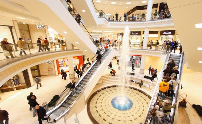 Weihnachtsgeschäft: Deutsche Einzelhändler hoffen auf Nachspielzeit