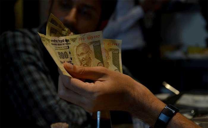 Geldentwertung: indische Textilbranche muss 10.000 Arbeiter entlassen