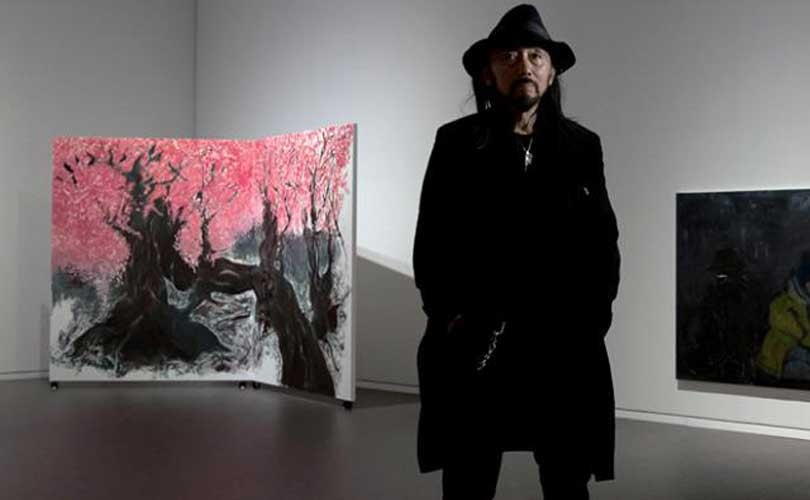 Yohji Yamamoto expose ses différentes formes d'art à Tokyo