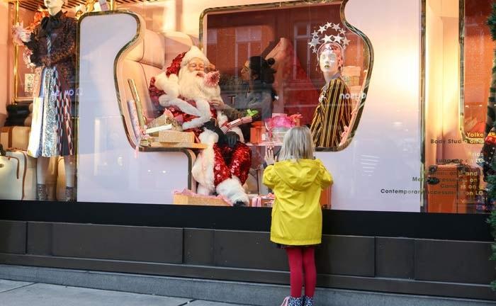 Top Ten Christmas Windows of 2016