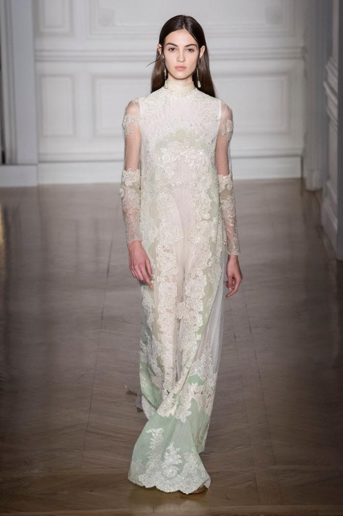 Haute couture: Jean Paul Gaultier champêtre, Valentino mythologique