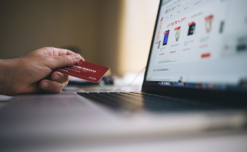 Les soldes d'hiver démarrent doucement en boutique, mieux sur internet