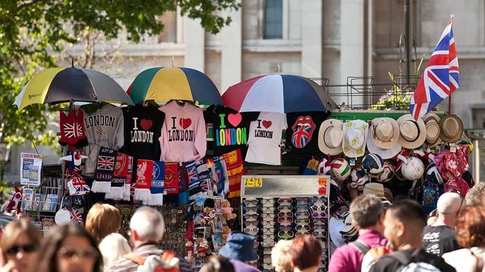 Brexit to continue boosting tourist spend in the UK throughout 2017