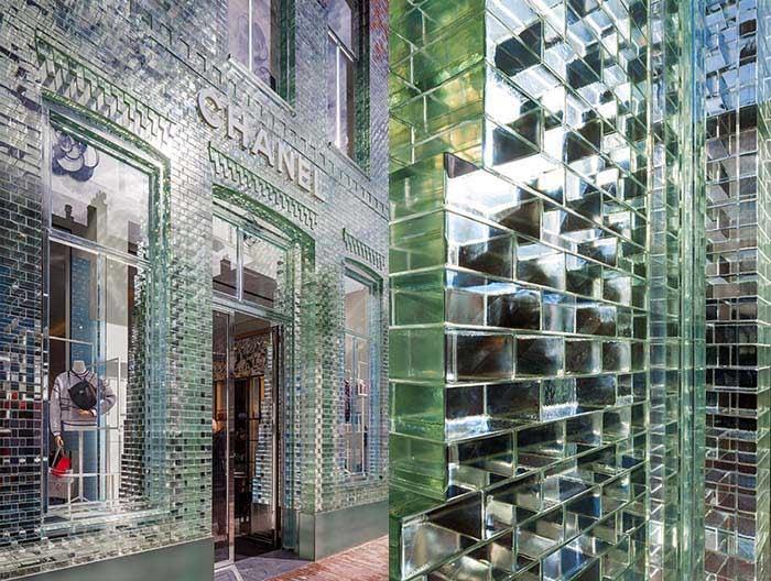 Glazen gevel van Chanel-pand PC Hooftstraat is nu al gebarsten