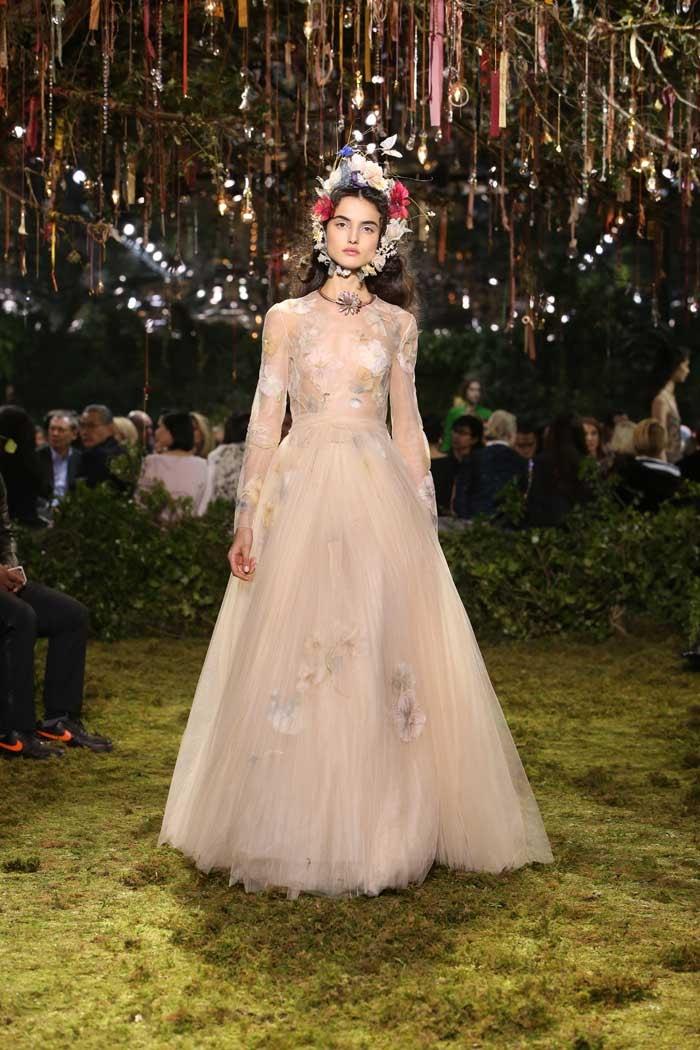 Haute couture: le Dior féérique de Maria Grazia Chiuri