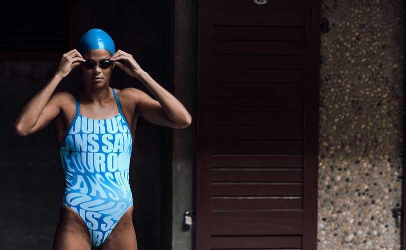 Adidas создал коллекцию купальников из океанического мусора