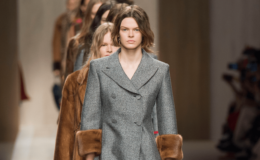 Mode a Milan : elegance plus simple et naturelle, parfois deluree